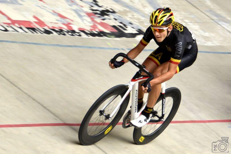 Daniel Rybín deuxième aux courses sur piste